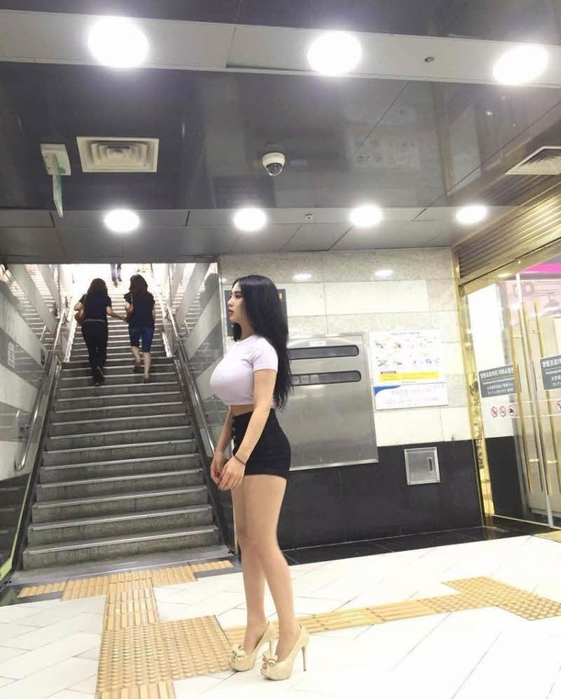 (豊胸萬才)韓国モデルの着衣美巨乳がえろすぎてこれなら豊胸だろうが何でもいいだろwwwwwwwwww(写真あり)