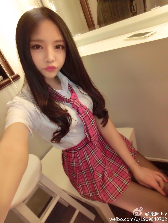 韓国モデルの10代小娘セイフク姿がぐうシコ☆wwwwwwwwww着衣ハメしたいwwwwwwwwww(写真あり)