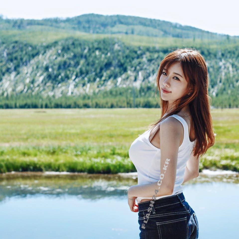 豊胸万歳!韓国美女の着衣巨乳&インスタ自撮りエロ画像97枚・4枚目の画像