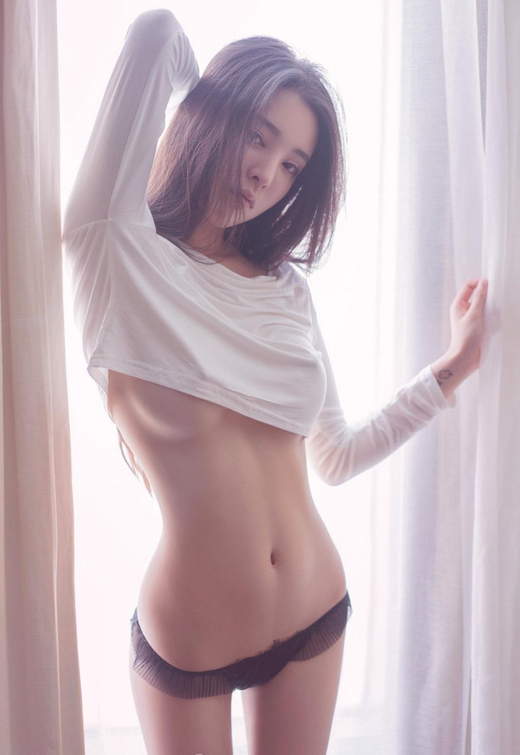 豊胸万歳!韓国美女の着衣巨乳&インスタ自撮りエロ画像97枚・8枚目の画像