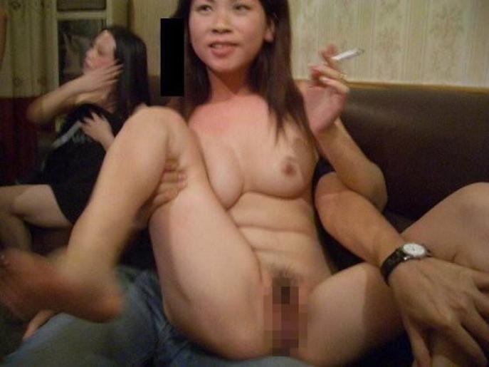 中国のKTV「カラオケクラブ」お持ち帰り本番・乱交ありの風俗エロ画像・9枚目の画像