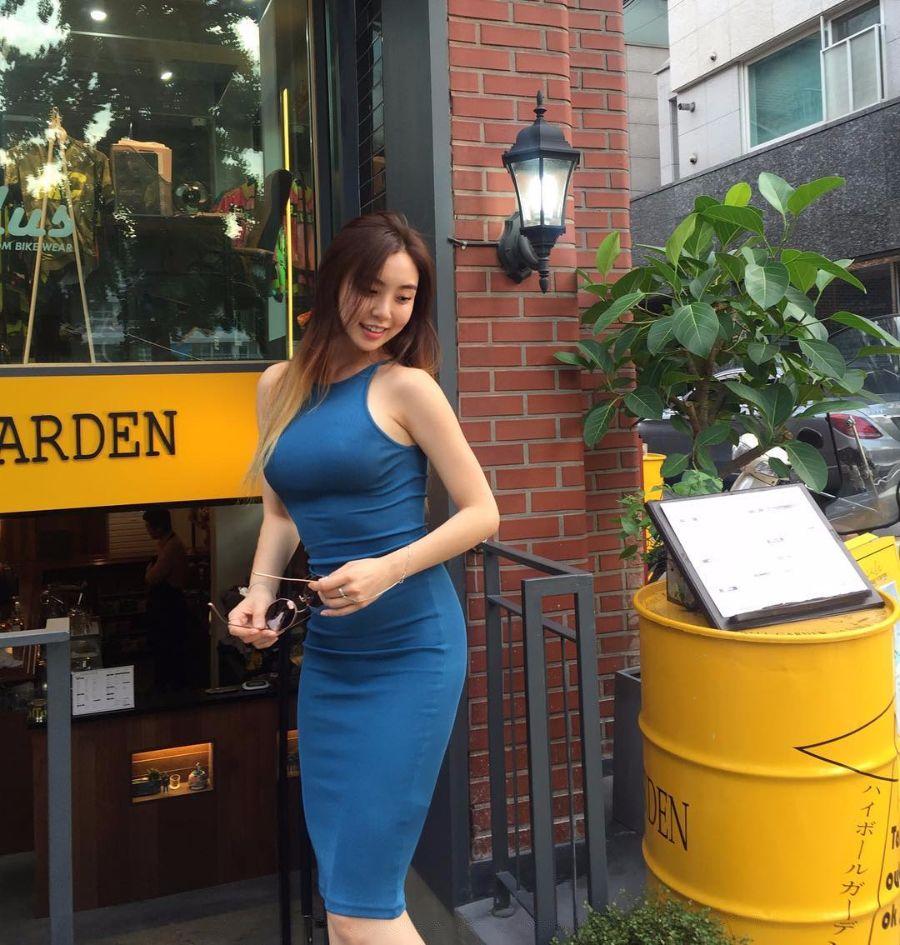 豊胸万歳!韓国美女の着衣巨乳&インスタ自撮りエロ画像65枚・12枚目の画像