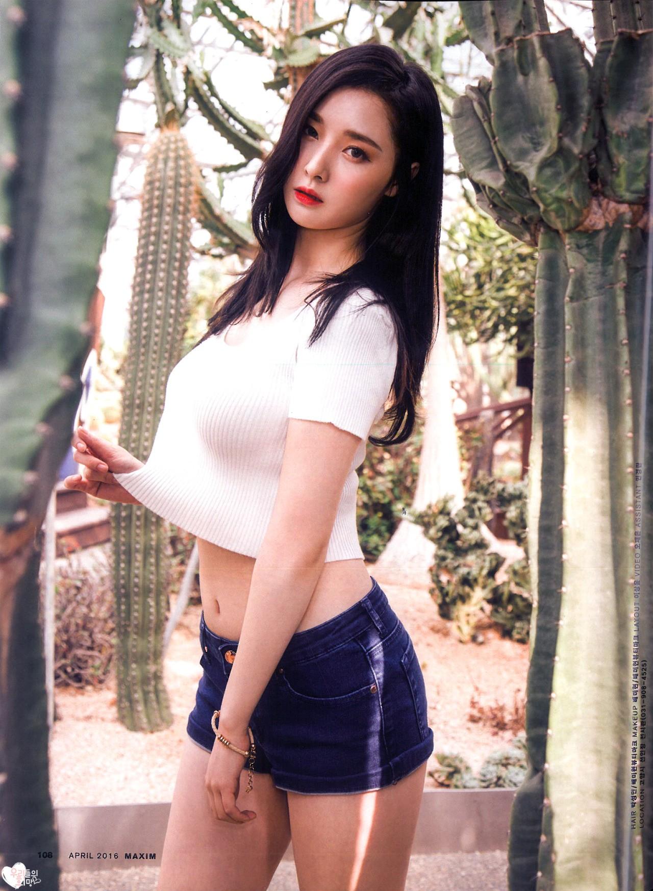 豊胸万歳!韓国美女の着衣巨乳&インスタ自撮りエロ画像65枚・13枚目の画像