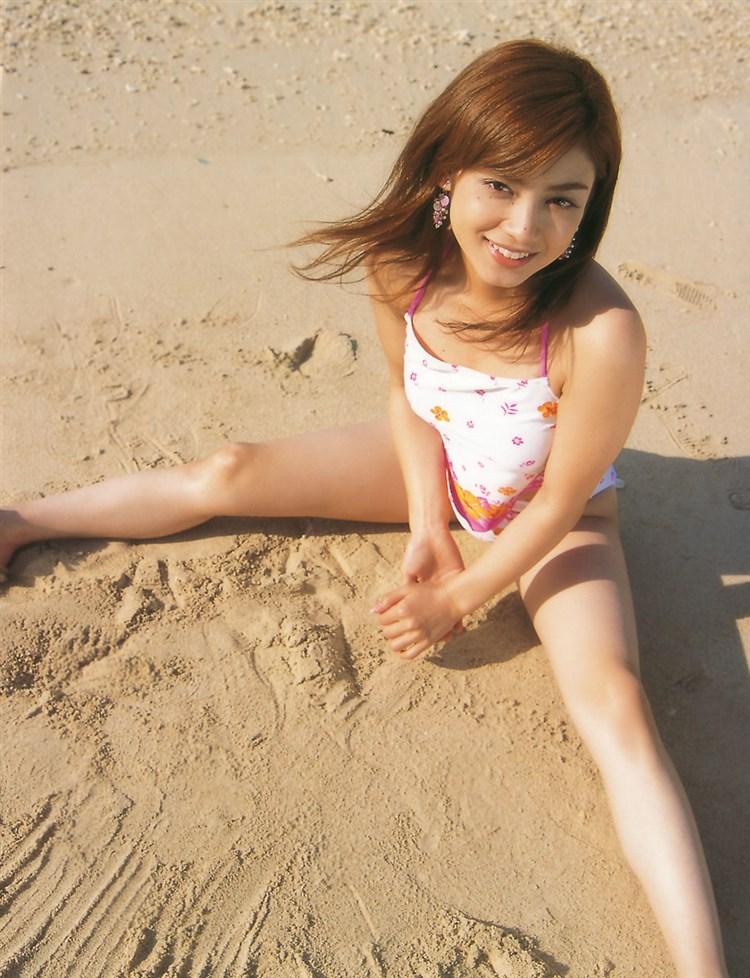 アモーレこと平愛梨のDカップ胸チラがエロすぎる写真集グラビアエロ画像wwwww・21枚目の画像