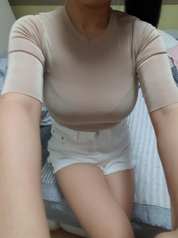 豊胸万歳!韓国美女の着衣巨乳&インスタ自撮りエロ画像65枚・29枚目の画像
