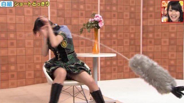 ハミパン・ハミ尻エロキャプ画像!←AKBや乃木坂のアイドル達もみんな生き残りかけて大変だなwwwwww・37枚目の画像