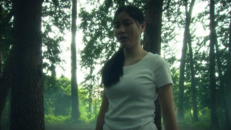 土屋太鳳アイコラエロ画像!こんな清楚な娘がエッチなことしてるなんて興奮するなwwwww・4枚目の画像
