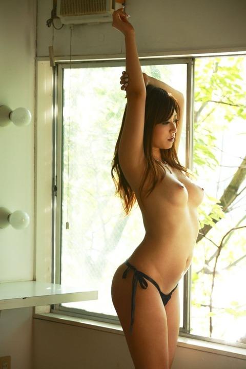 美女の裸は最高!パンイチヌードエロ画像!・2枚目の画像