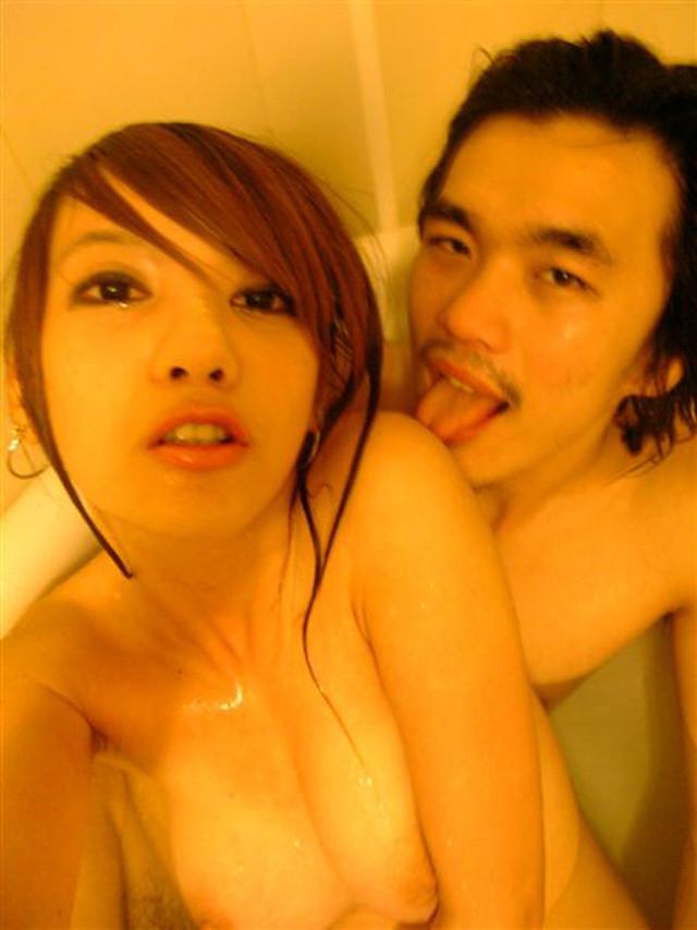 【リベンジポルノ】台湾娘が彼氏にハメ撮り流出させられててワロタ!下品でワロタwwwww・3枚目の画像