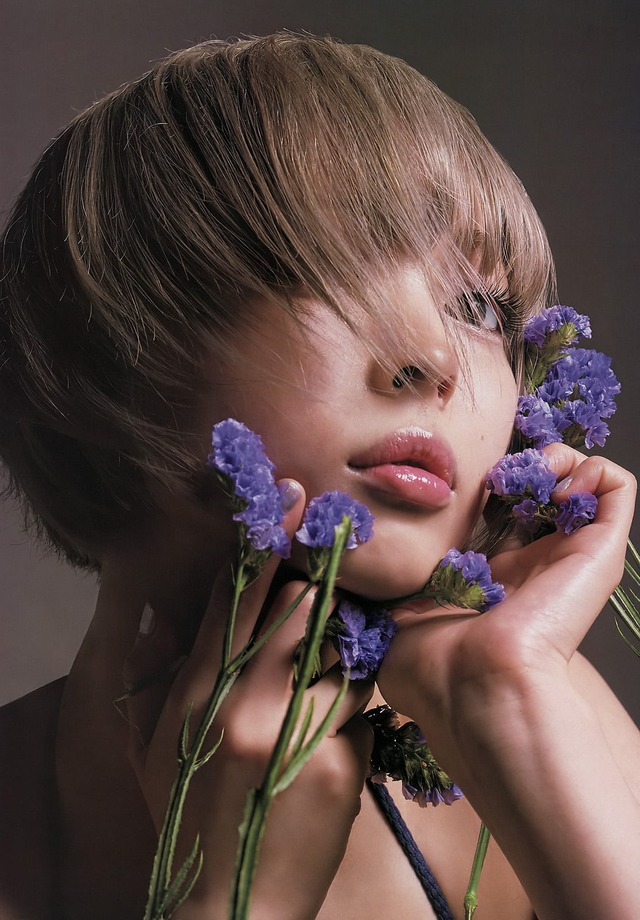 金髪ショートスレンダー巨乳アイドルというエッチ過ぎる肩書をお持ちの最上もがさんのエロ画像wwwww・4枚目の画像