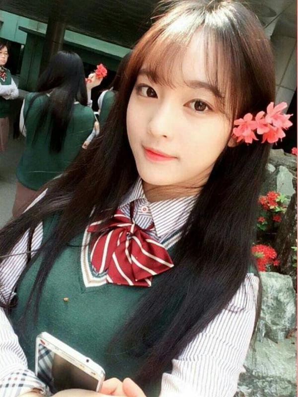【JK】韓国・台湾・中国の非処女女子高生のSNSがエロすぎてザー汁止まんねえええええええ(画像あり)・13枚目の画像