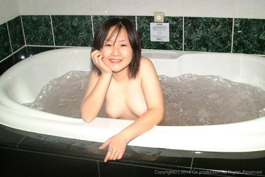 ラブホで楽しそうにしてる素人娘がリベンジポルノされててざまあwwwww(画像あり)・16枚目の画像