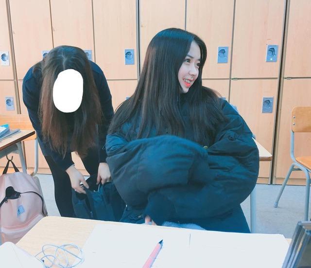 【JK】韓国・台湾・中国の非処女女子高生のSNSがエロすぎてザー汁止まんねえええええええ(画像あり)・18枚目の画像