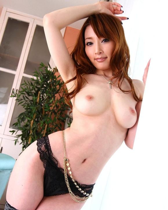 美女の裸は最高!パンイチヌードエロ画像!・33枚目の画像