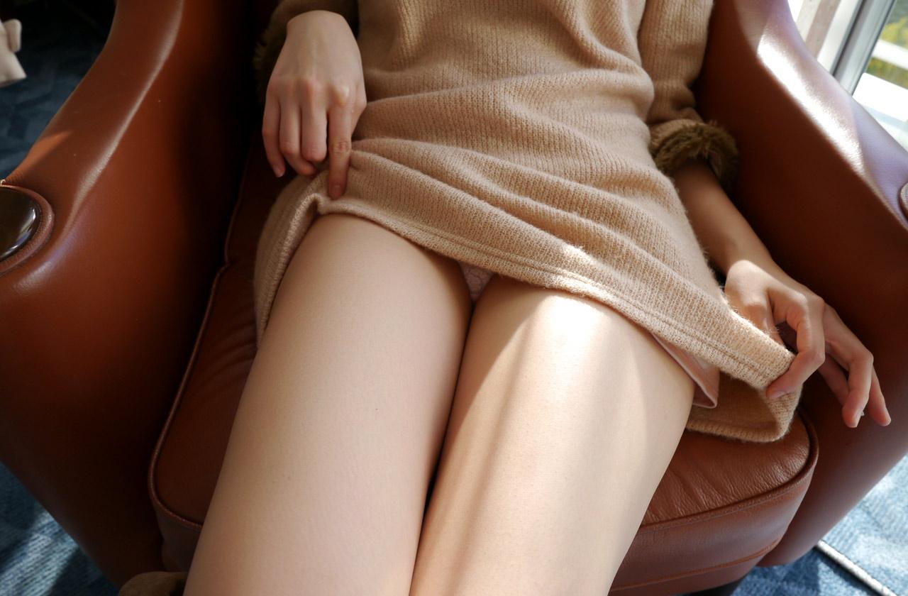太ももフェチ専用の美脚女子のエロ画像35枚・40枚目の画像