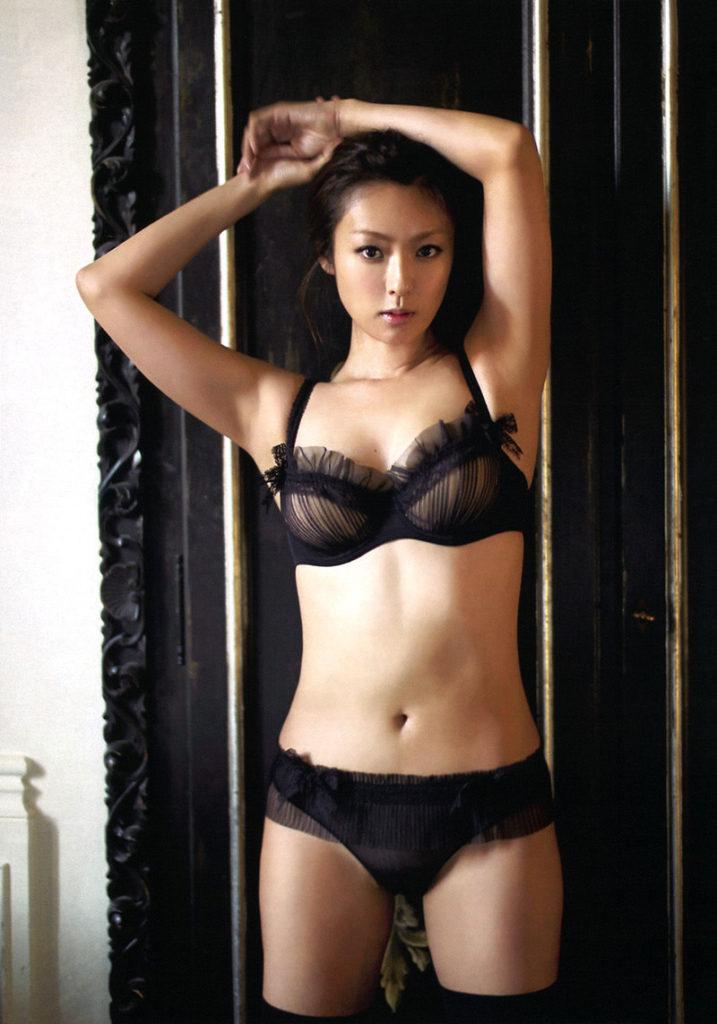 深田恭子(35)のアイコラヌード&写真集水着グラビアエロ画像98枚・13枚目の画像