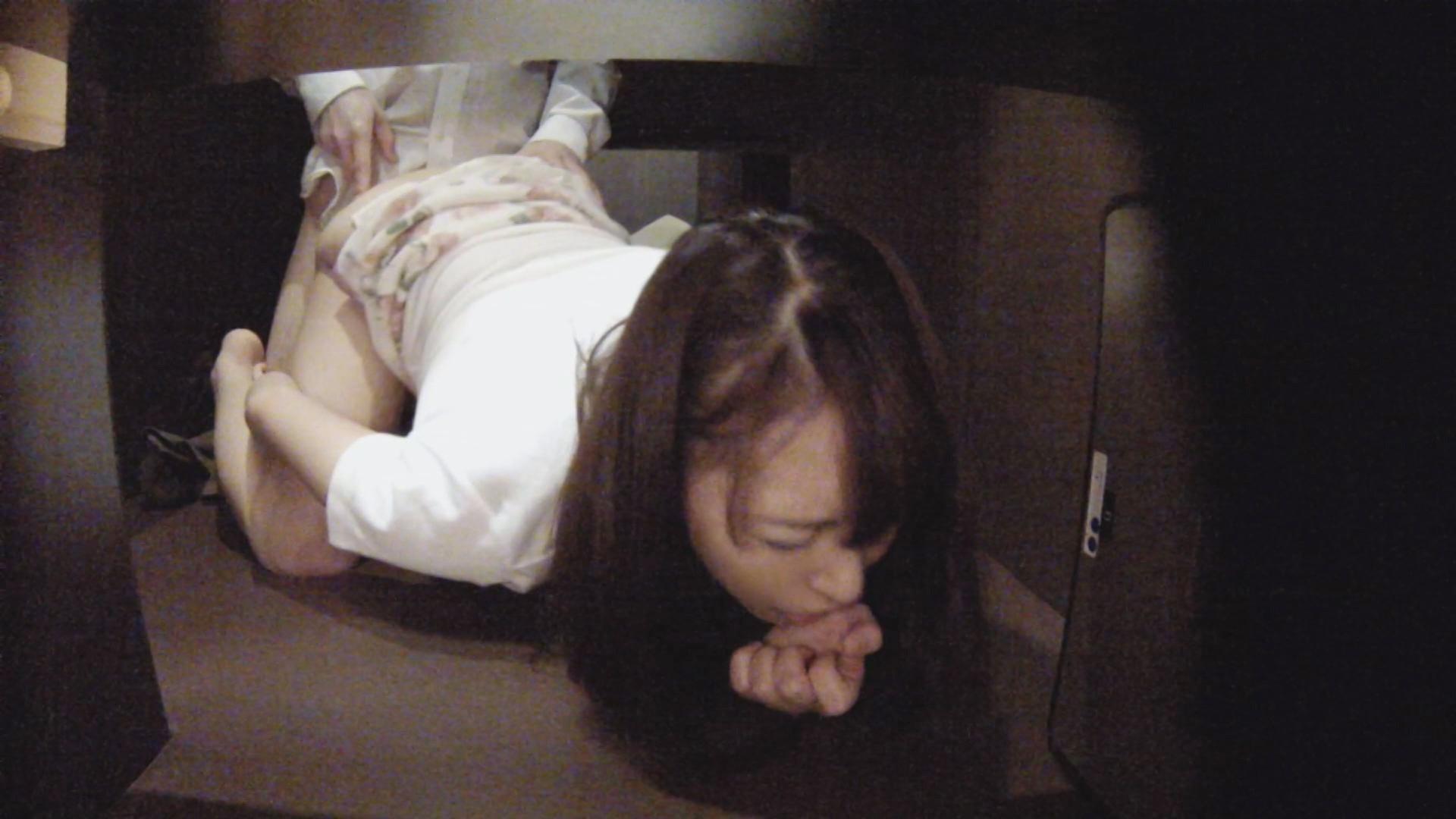 【エロ画像】ネカフェでSEXやおなにーしてる女の秘密撮影えろ画像32枚