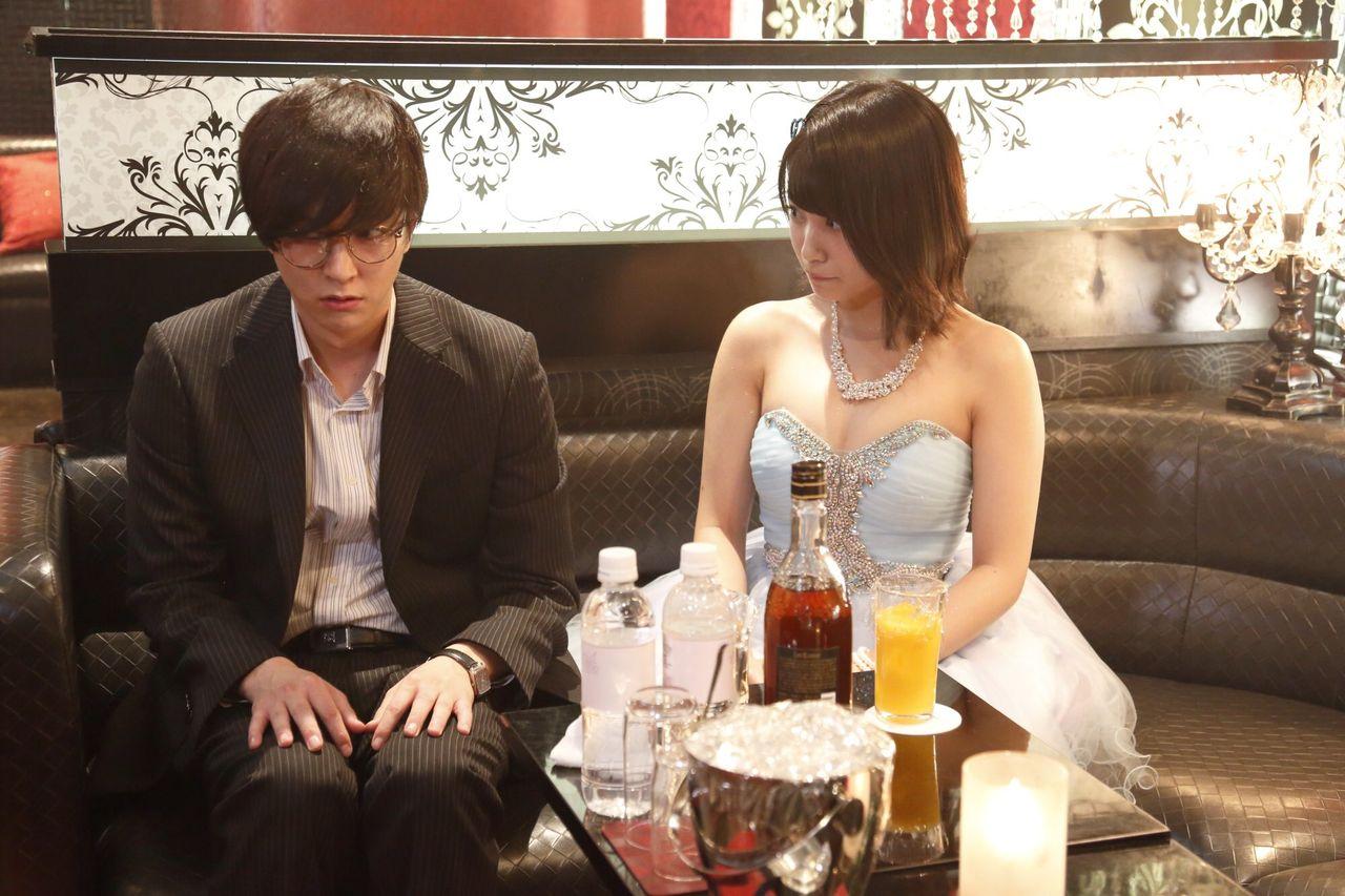 HKT48朝長美桜(19)の水着グラビア、キャバ嬢姿のエロ画像50枚・3枚目の画像