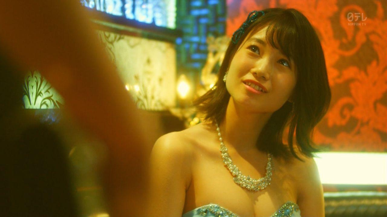 HKT48朝長美桜(19)の水着グラビア、キャバ嬢姿のエロ画像50枚・4枚目の画像
