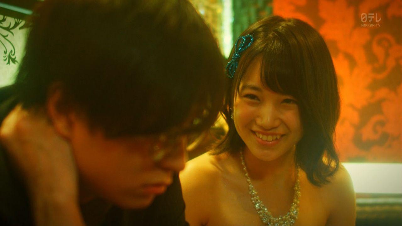 HKT48朝長美桜(19)の水着グラビア、キャバ嬢姿のエロ画像50枚・8枚目の画像