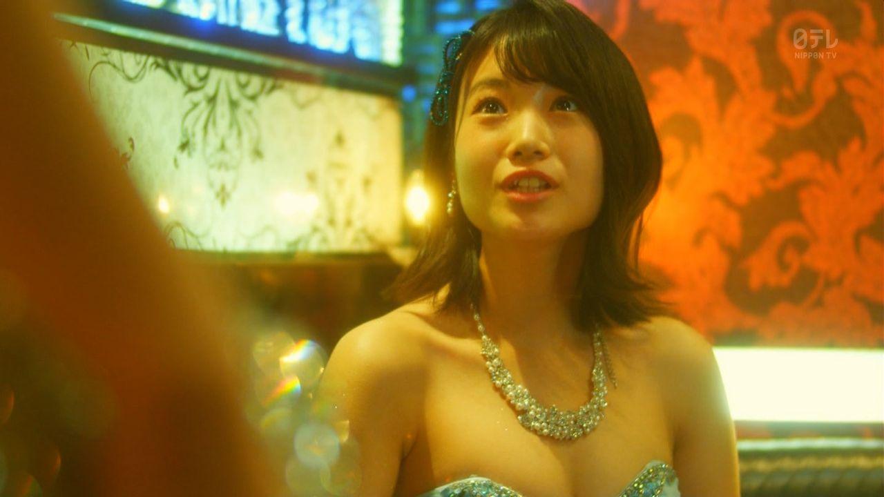 HKT48朝長美桜(19)の水着グラビア、キャバ嬢姿のエロ画像50枚・10枚目の画像