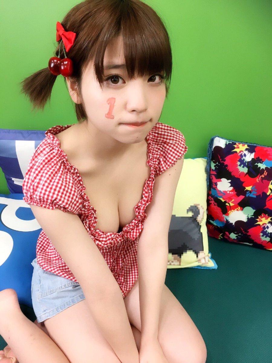 根本凪(18)GカップJKアイドルの水着グラビアエロ画像70枚・52枚目の画像