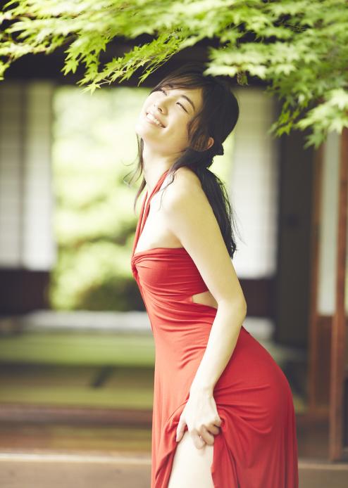 松井珠理奈(20)の最新グラビア、アイコラ、豆腐プロレスの厳選エロ画像93枚・18枚目の画像