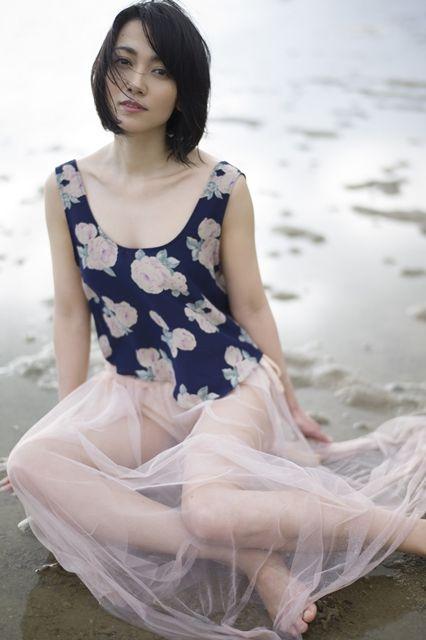 遠藤久美子 セミヌードエロ画像30枚!エンクミ38歳の完熟ボディが結構エロくてまだまだイケるwww・17枚目の画像