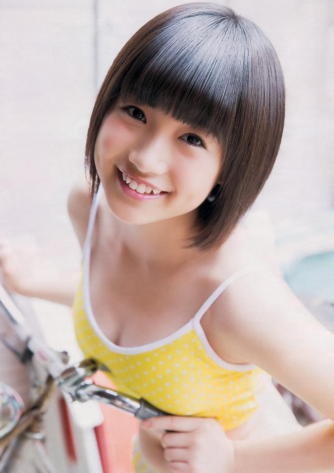HKT48朝長美桜(19)の水着グラビア、キャバ嬢姿のエロ画像50枚・48枚目の画像