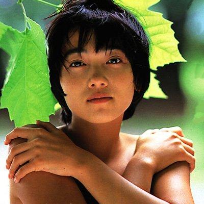 遠藤久美子 セミヌードエロ画像30枚!エンクミ38歳の完熟ボディが結構エロくてまだまだイケるwww・22枚目の画像