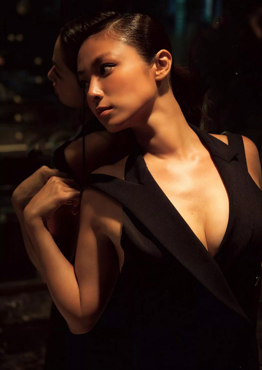 深田恭子(35)のアイコラヌード&写真集水着グラビアエロ画像98枚・39枚目の画像