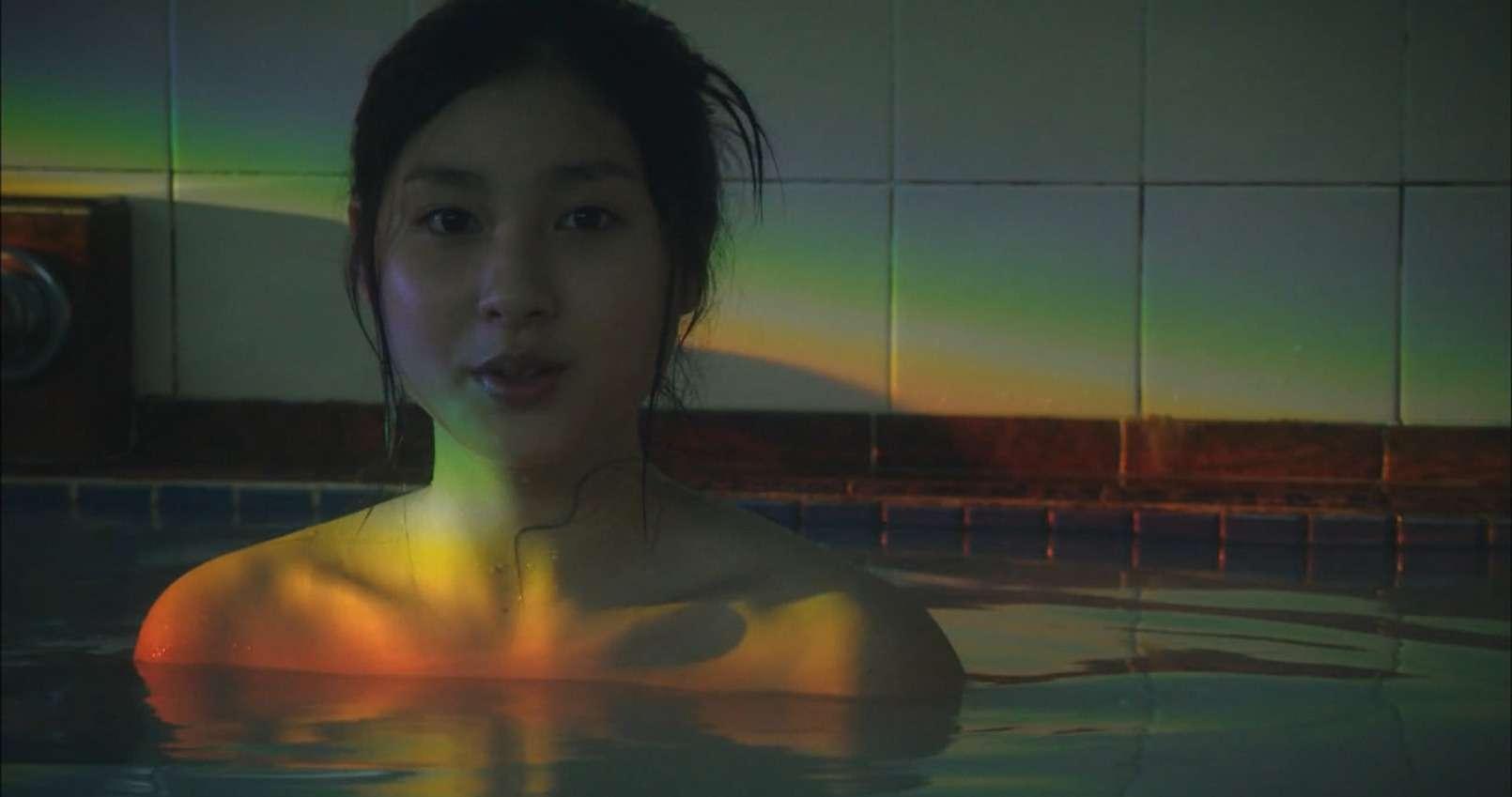 土屋太鳳(22)のアイコラ・胸チラ・グラビア…etcエロ画像80枚・97枚目の画像