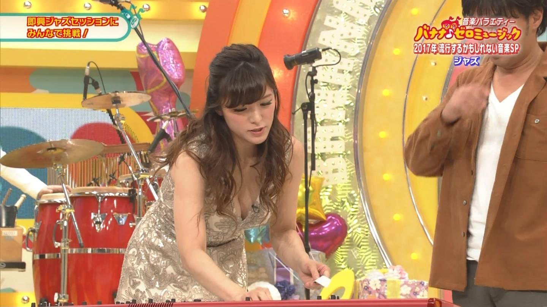 ジャズピアニスト高木里代子 エロ画像43枚!NHKで胸チラしまくってぷるんぷるん演奏www・35枚目の画像