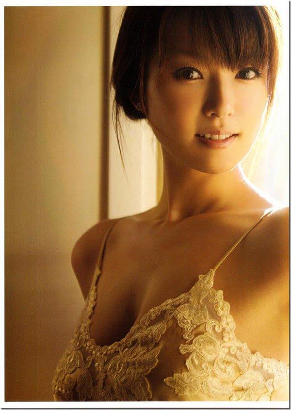 深田恭子(35)のアイコラヌード&写真集水着グラビアエロ画像98枚・44枚目の画像