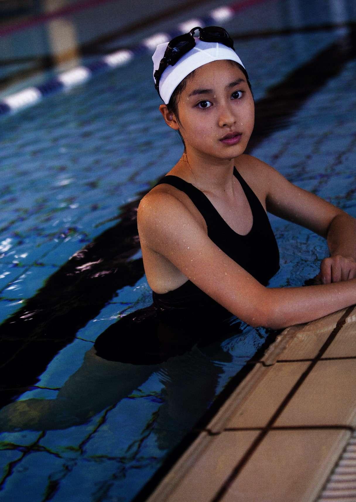 土屋太鳳(22)のアイコラ・胸チラ・グラビア…etcエロ画像80枚・105枚目の画像