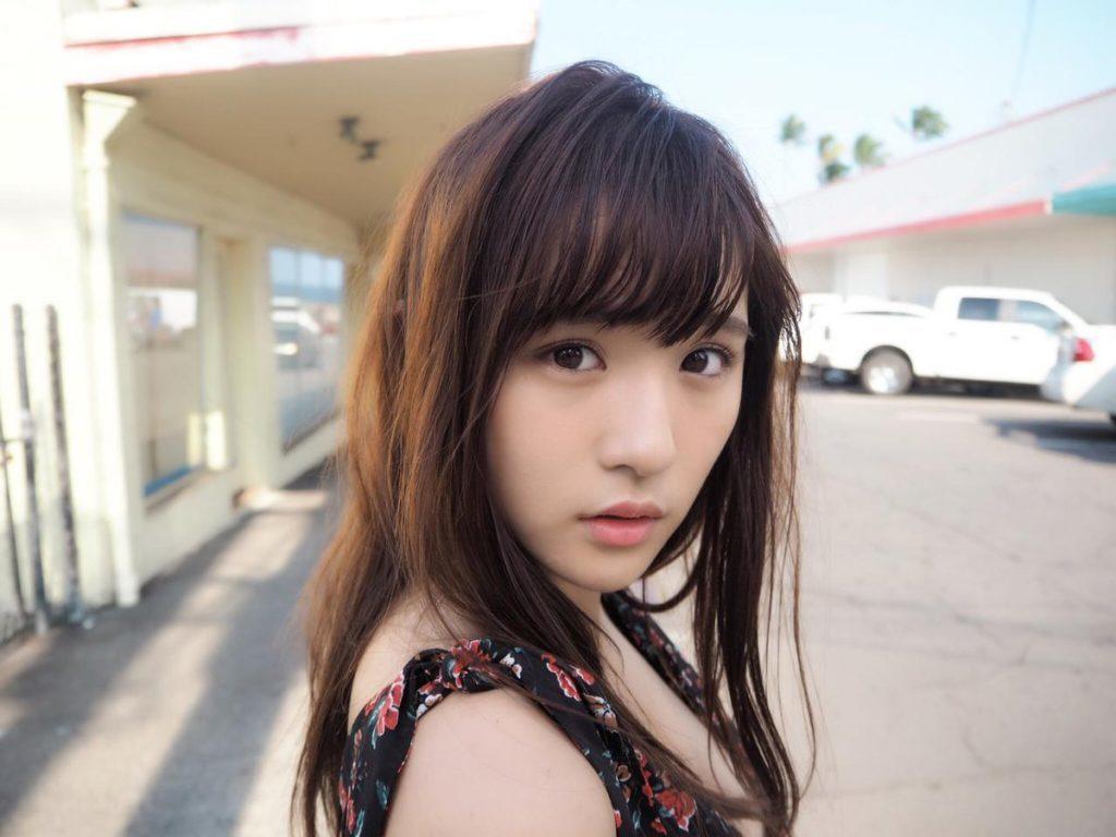 浅川梨奈(18)のアイコラヌード&最新グラビアエロ画像136枚・72枚目の画像