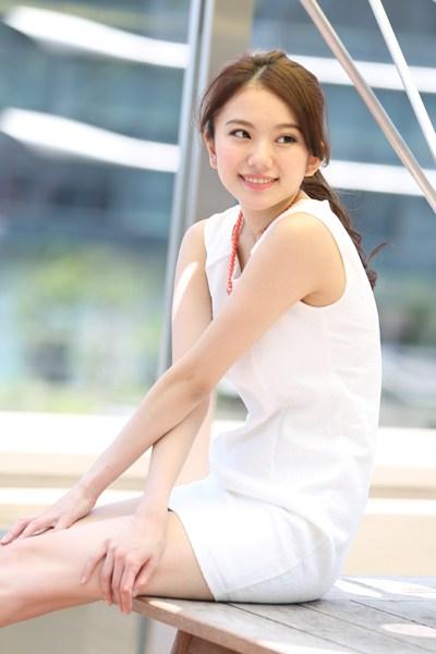 伊東紗冶子(23)Gカップキャスターの水着グラビア画像60枚・74枚目の画像