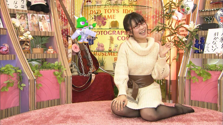 加藤里保菜 ランク王国メガネ美少女エロ画像61枚!疑似フェラに美乳おっぱいがけしからんエロさwww・61枚目の画像
