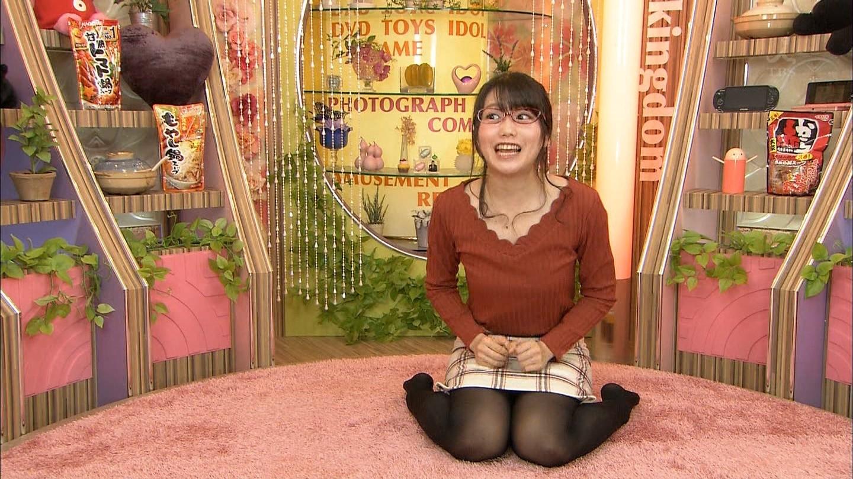 加藤里保菜 ランク王国メガネ美少女エロ画像61枚!疑似フェラに美乳おっぱいがけしからんエロさwww・65枚目の画像