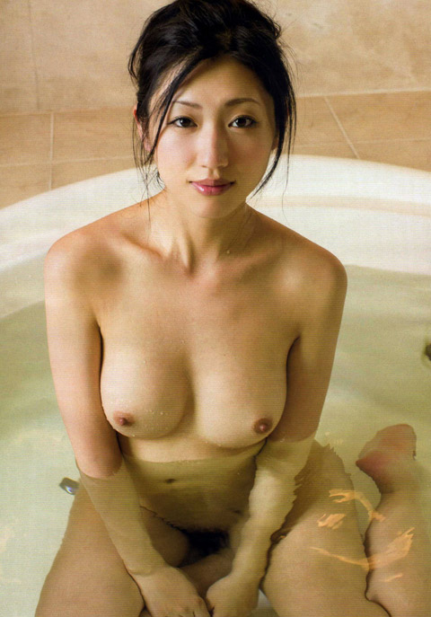 壇蜜(36)のヌード濡れ場やアイコラ等!抜けるエロ画像125枚・82枚目の画像