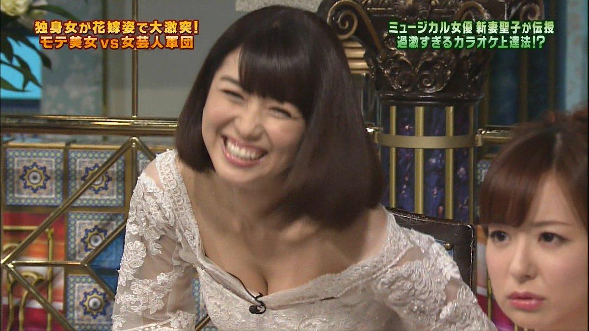 新妻聖子 えろ写真67枚☆ミュージカル女優の胸チラに美人妻感漂うえろさがたまらんwwwwww