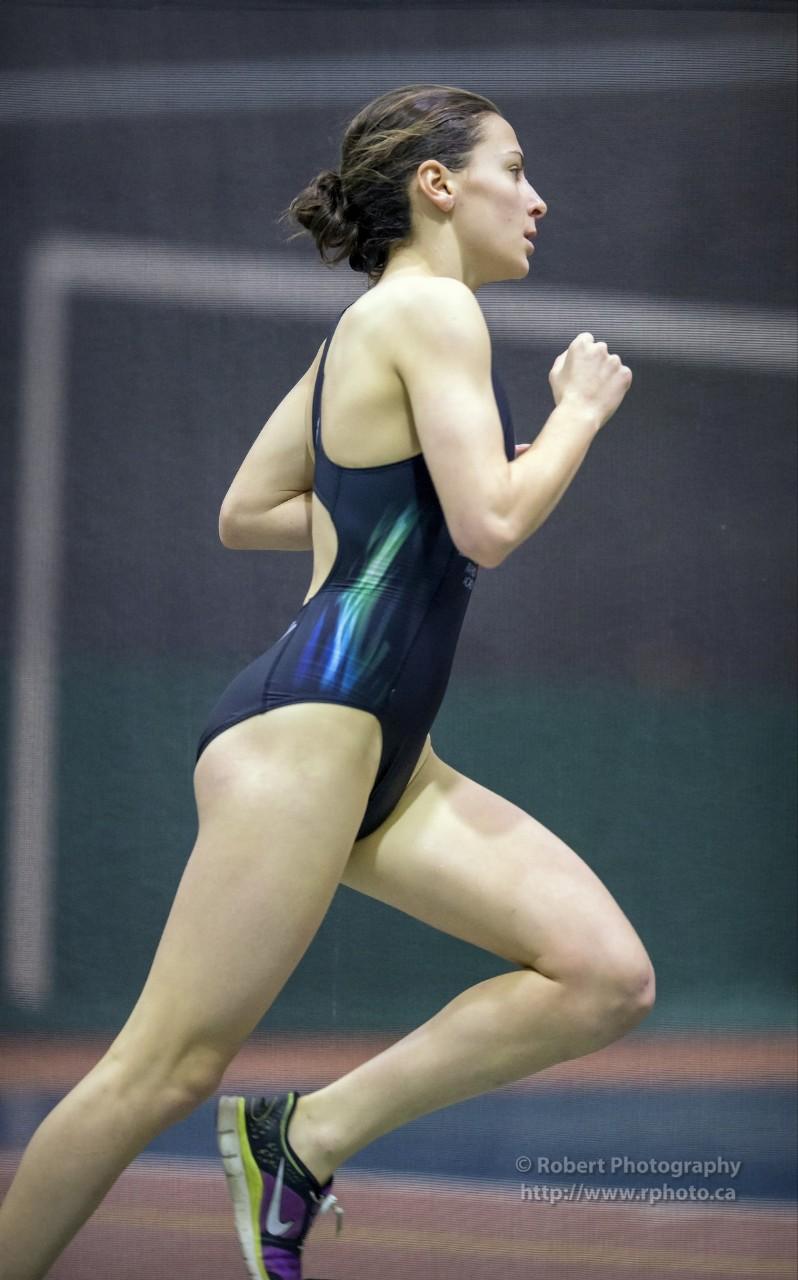 外国人の胸ポチ、ハミ尻が抜ける競泳水着姿のエロ画像33枚・2枚目の画像