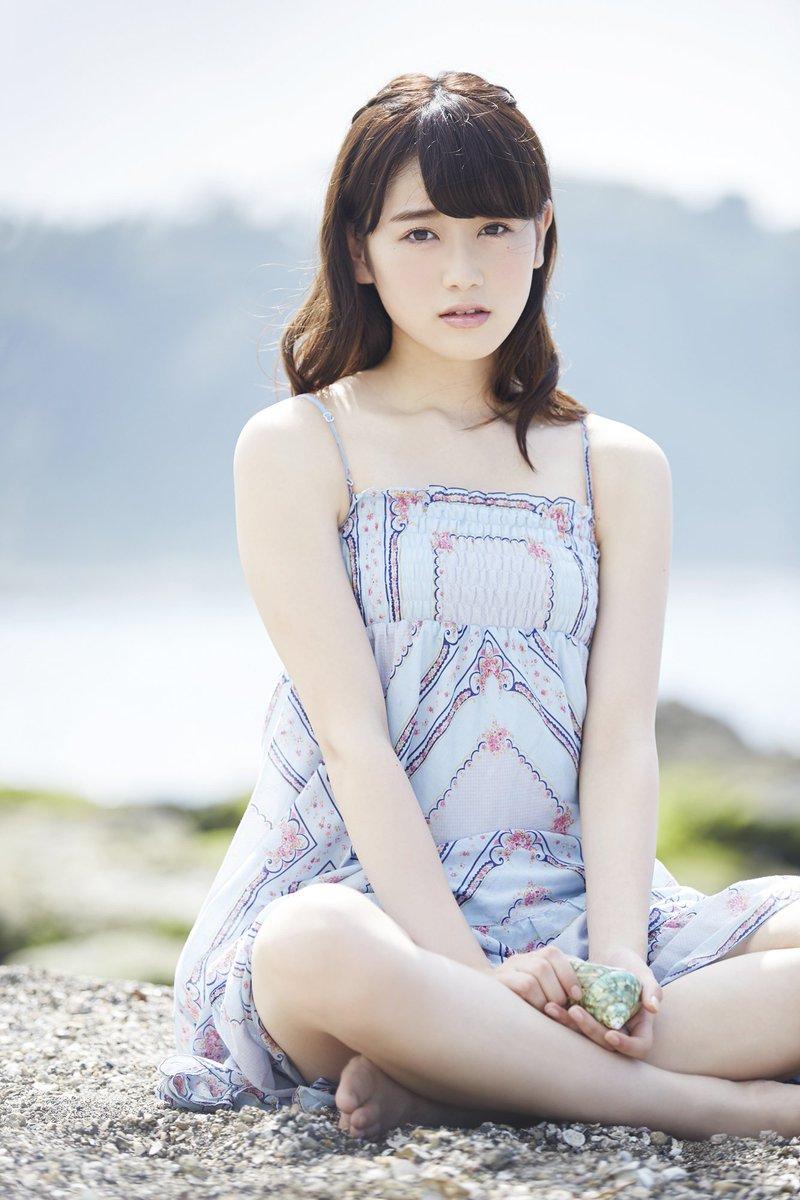 欅坂46守屋茜の最新グラビアや抜けるエロ画像90枚・4枚目の画像