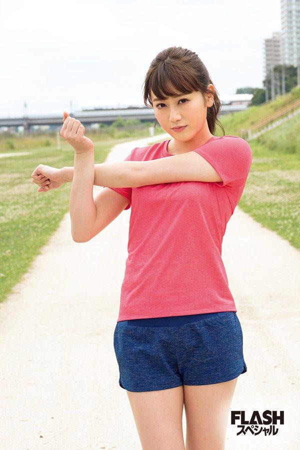 欅坂46守屋茜の最新グラビアや抜けるエロ画像90枚・6枚目の画像