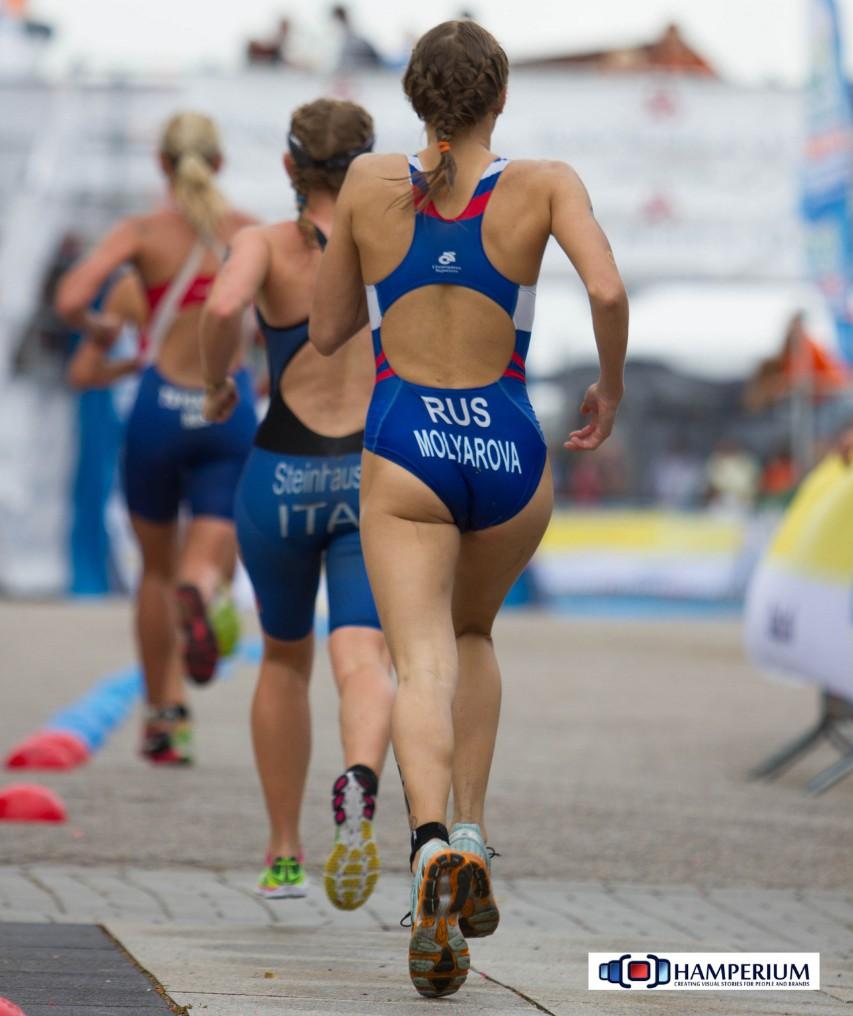外国人の胸ポチ、ハミ尻が抜ける競泳水着姿のエロ画像33枚・6枚目の画像