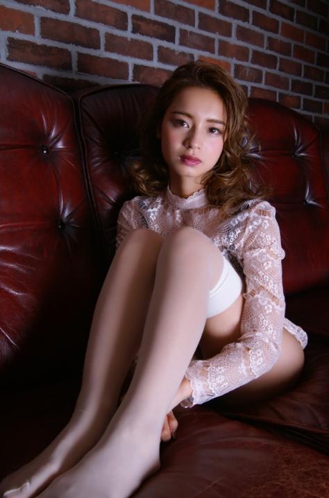 遠山茜子の巨乳化したビキニ水着姿のグラビアエロ画像46枚・7枚目の画像