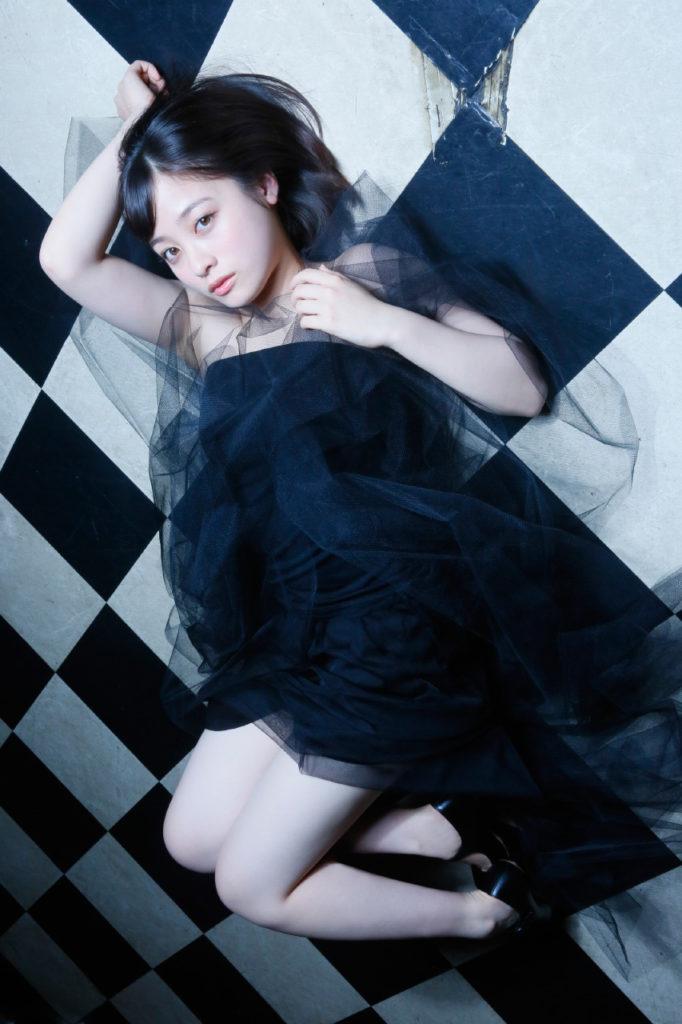 橋本環奈(18)のアイコラヌード&最新グラビアエロ画像180枚・27枚目の画像
