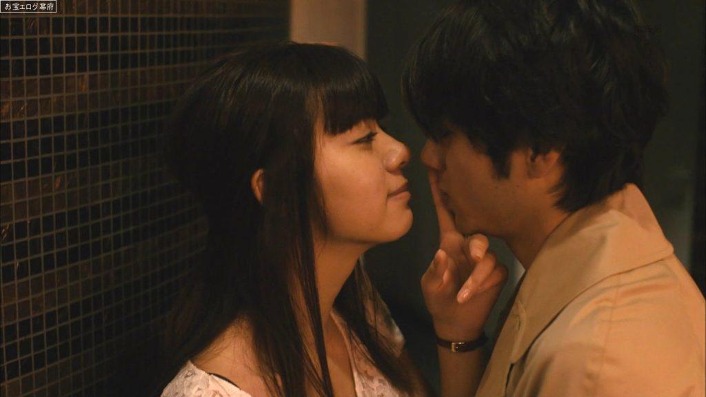 池田エライザ(21)の過激セックス濡れ場エロ画像100枚・86枚目の画像