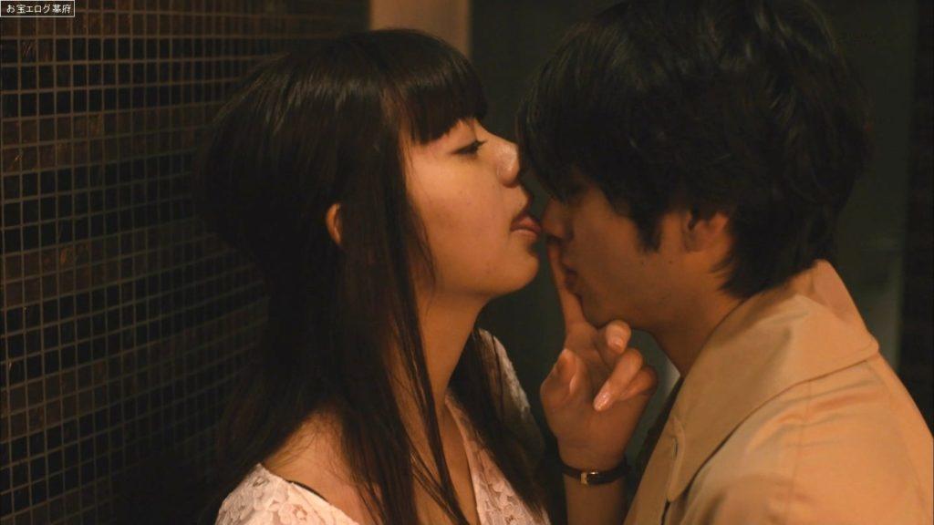 池田エライザ(21)の過激セックス濡れ場エロ画像100枚・87枚目の画像
