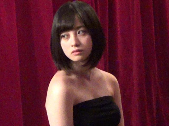 橋本環奈(18)のアイコラヌード&最新グラビアエロ画像180枚・31枚目の画像